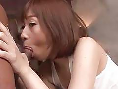 Tiara Ayase feels pleasure over her wet vagina